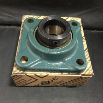 DODGE FLANGED MOUNT BALL BEARING UNIT 1-716ID PN 131388